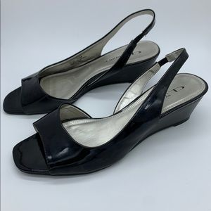 CL by Laundry Slingback Black Patent Wedge